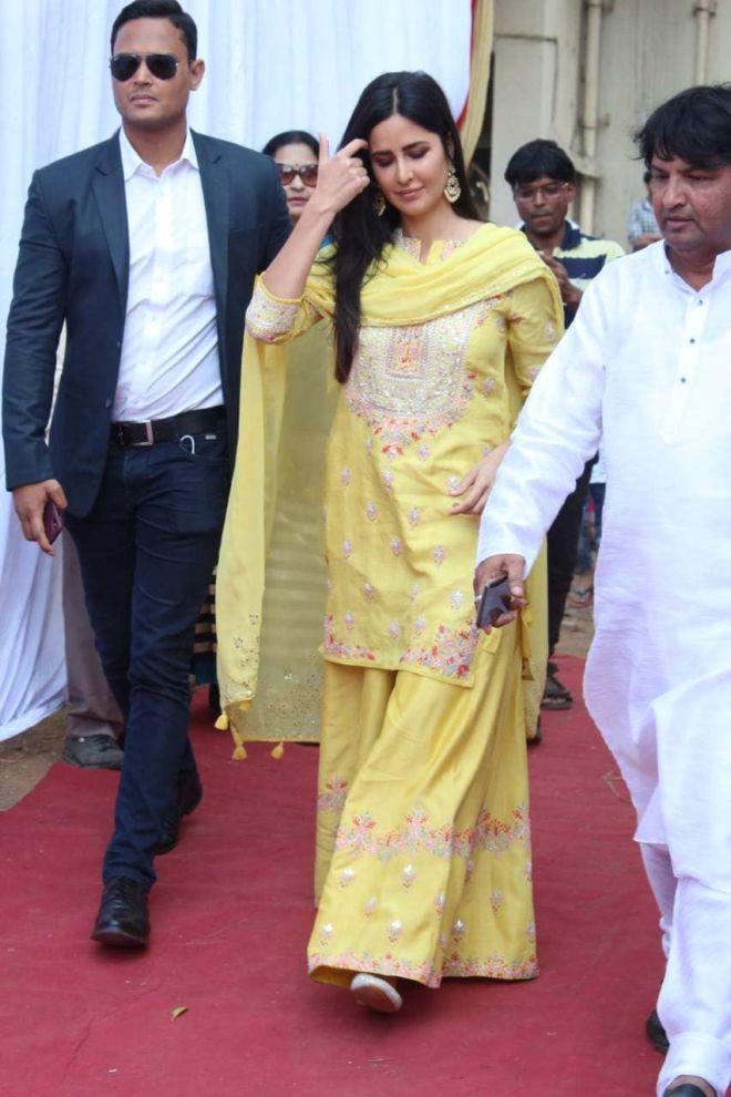 Katrina Kaif Looks Gorgeous In Yellow At Anurag Basu's Saraswati Puja