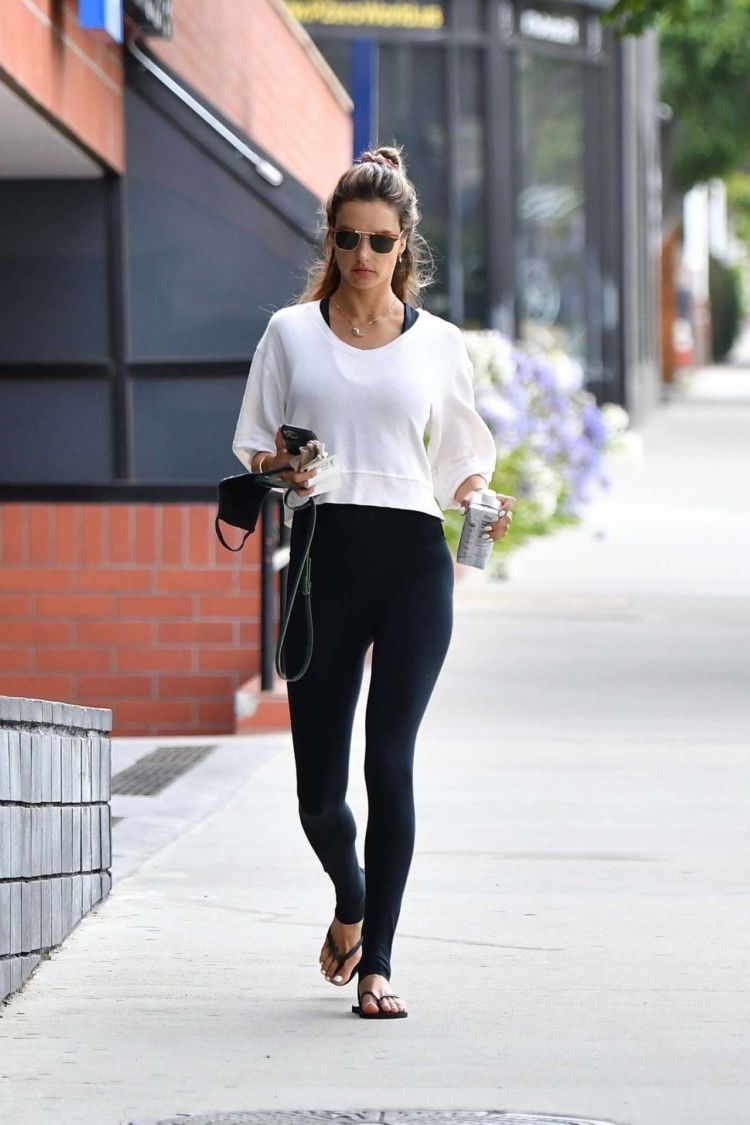 Alessandra Ambrosio Spotted Heading To The Gym In Los Angeles