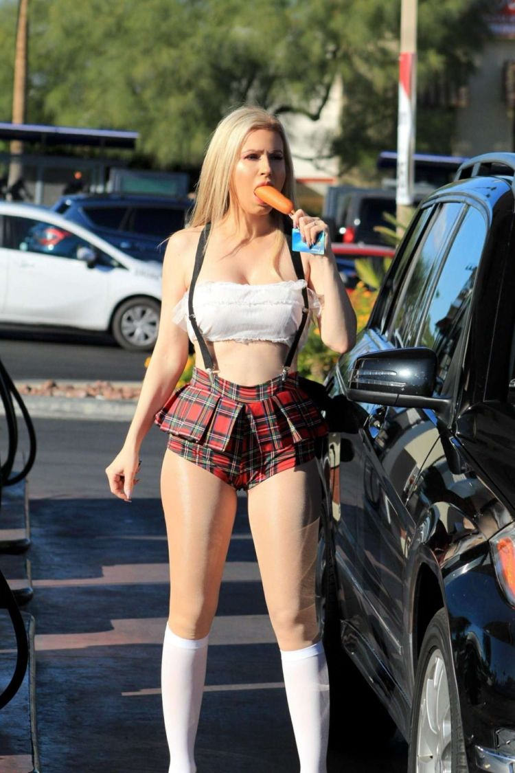 Ana Braga Candids At The Gas Station In Los Angeles
