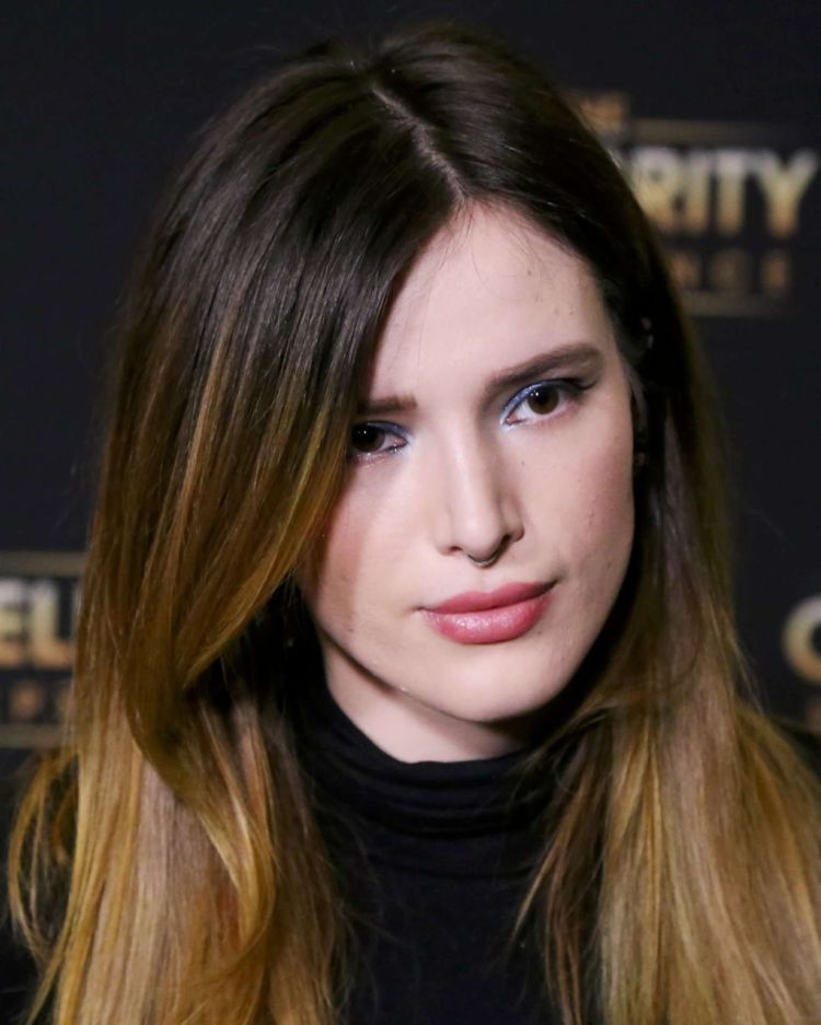 Gorgeous Bella Thorne At Celebrity Experience Featuring Bella Thorne Event
