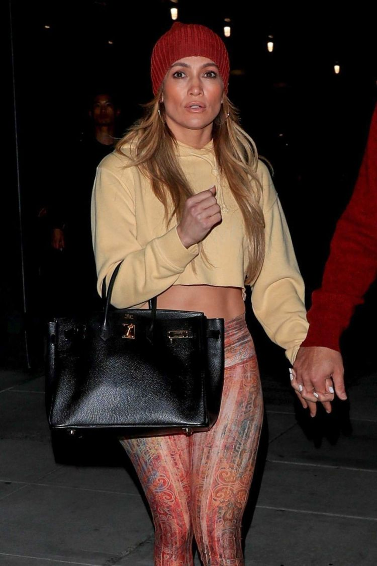 Jennifer Lopez Candids While Leaving The Live Nation Entertainment Headquarters