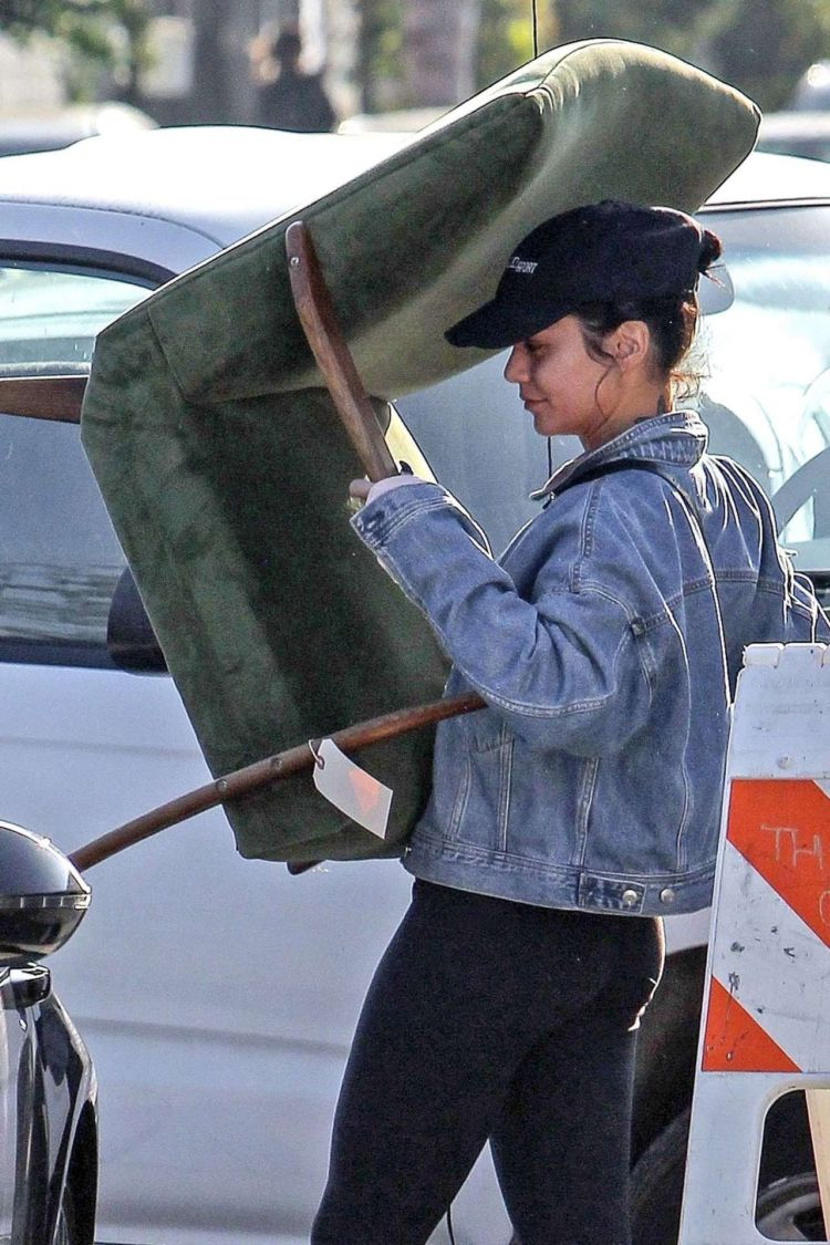 Vanessa Hudgens Shops At A Local Vintage Store In Atwater Village