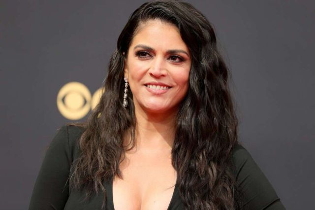 Gorgeous Cecily Strong In Black At 73rd Primetime Emmy Awards