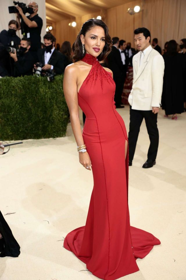 Gorgeous Eiza Gonzalez In A Red Dress At Met Gala 2021