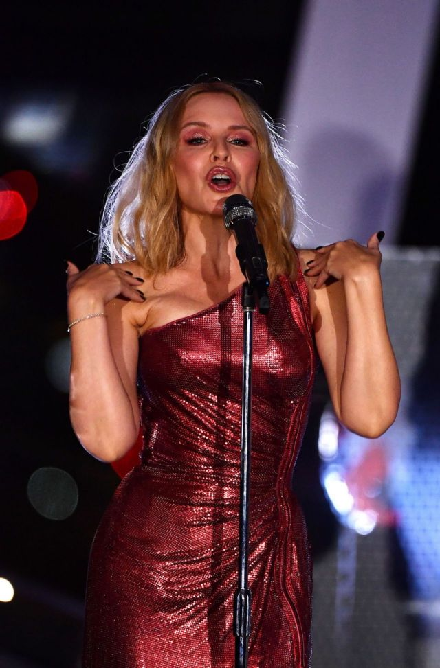 Gorgeous Kylie Minogue Performs At Global Citizen Live In London