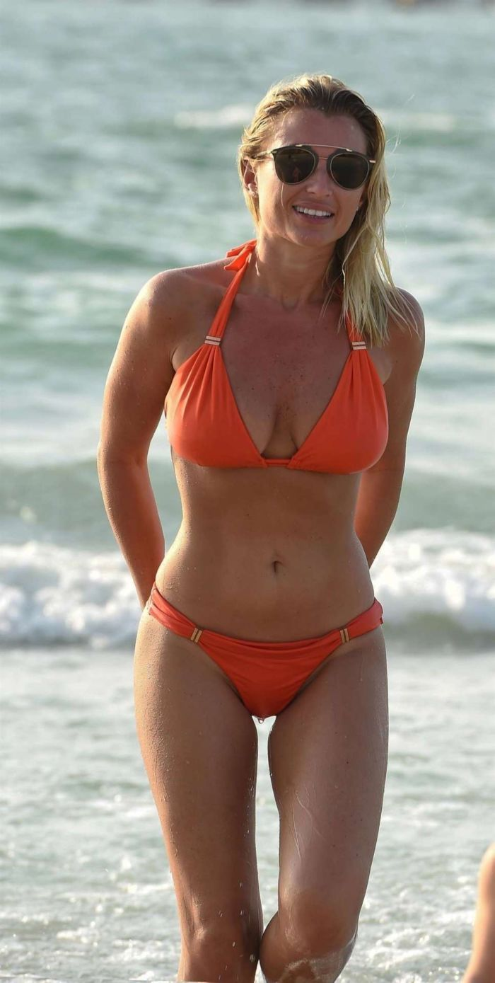 Billie Faiers Candids In Orange Bikini At A Beach In Dubai