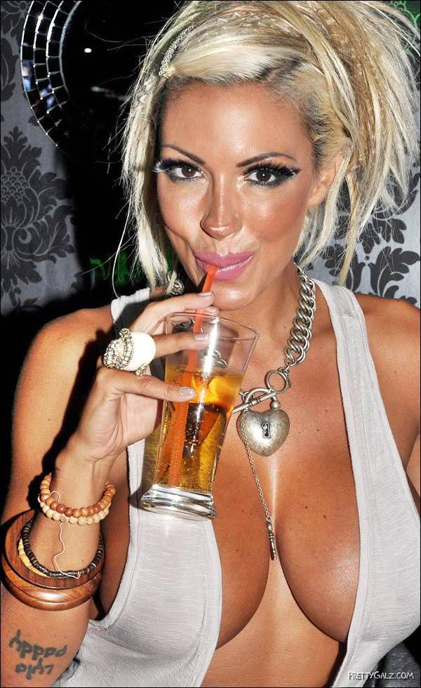 Hot Jodie Marsh Charms Snakes