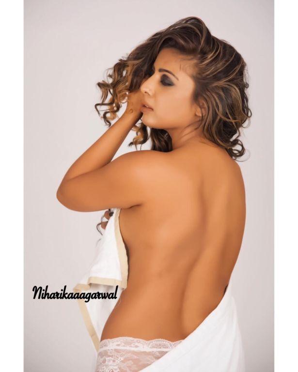 Indian Model Niharika Agarwal Photo Gallery